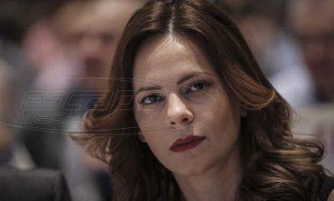 """Αχτσιόγλου: """"Η κυβέρνηση γελοιοποιείται με την άγνοιά της στα εργασιακά"""""""