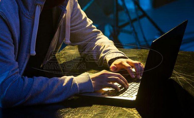 """""""Έπεσαν"""" Yahoo, HuffPost και άλλες μεγάλες ιστοσελίδες"""