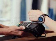 Ανέπαφες πληρωμές με τις κάρτες Alpha Bank Visa μόνο με το ρολόι σου