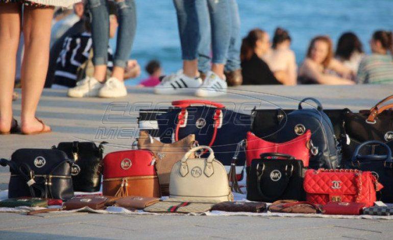 Πρόστιμα σχεδόν 60.000 ευρώ σε ελέγχους για το παρεμπόριο