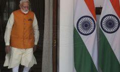 Ινδία: Ο πρόεδρος Μόντι «φιμώνει» τους δημοσιογράφους
