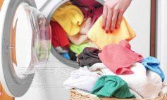 Σε ποια θερμοκρασία πρέπει να πλένουμε τα ρούχα μας για να προστατευθούμε από τον κορωνοϊό