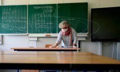 Ρίσκο το άνοιγμα των σχολείων σε όλες τις βαθμίδες – Κρίσιμα ερωτήματα παραμένουν αναπάντητα