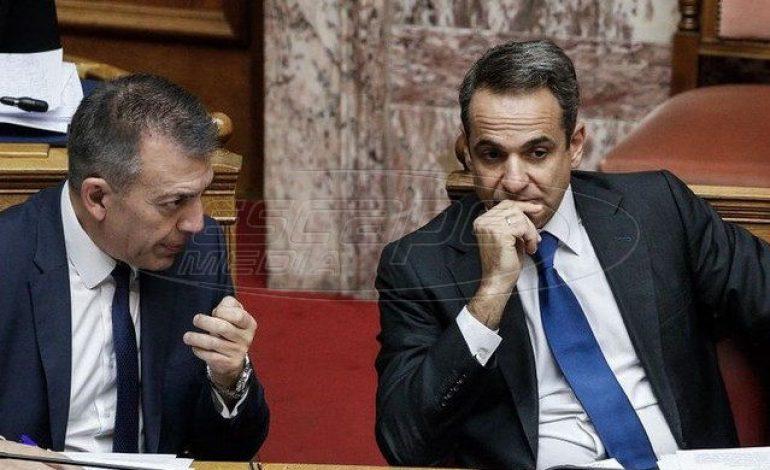Άτακτη υποχώρηση Μητσοτάκη μετά τις αποκαλύψεις  για τα voucher της διαπλοκής – Tην παραίτηση Βρούτση ζητάει ο ΣΥΡΙΖΑ