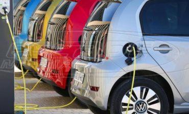 Επιδότηση έως 12.000 ευρώ για αγορά ηλεκτρικού αυτοκινήτου