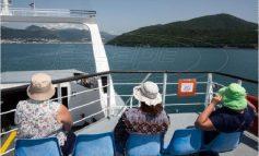 Ελεύθερα μετακινήσεις στα νησιά από τη Δευτέρα - Τι ισχύει για μάσκα, καμπίνες στα πλοία