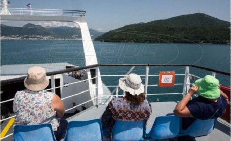 Ελεύθερα μετακινήσεις στα νησιά από τη Δευτέρα – Τι ισχύει για μάσκα, καμπίνες στα πλοία
