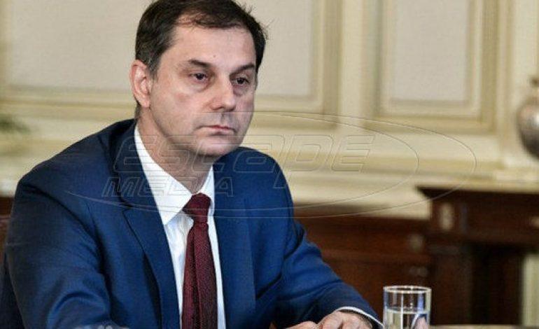 Μαίνεται η κόντρα ΣΥΡΙΖΑ – κυβέρνησης με αφορμή τις δηλώσεις Θεοχάρη